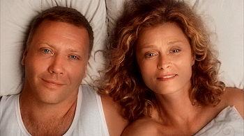 Mikael Persbrandt och Lena Endre spelar huvudrollerna i Himlens hjärta. SF Film