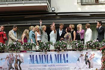 """Hela gänget från """"Mamma Mia!"""", inklusive alla fyra Abborna – Agnetha Fältskog, Anni-Frid Lyngstad, Benny Andersson och Björn Ulvaeus. Torsten Laursen/Image.net"""